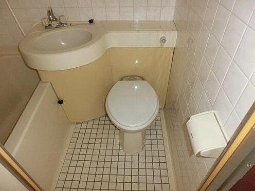 中古マンション-中野区本町3丁目 トイレ