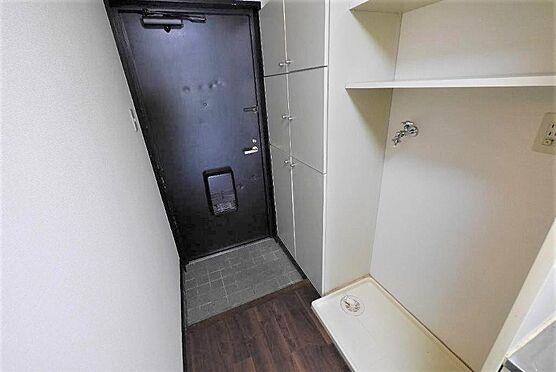 マンション(建物一部)-北九州市八幡西区陣原2丁目 台風の影響や盗難の心配を考えると室内洗濯機置き場は必 須 です。