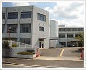 アパート-橿原市久米町 畝傍南小学校 徒歩 約10分(約750m)