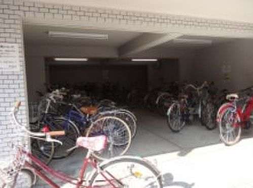 マンション(建物一部)-京都市上京区姥ケ北町 屋根のある駐輪場あり