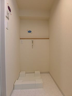 中古マンション-新潟市中央区南出来島2丁目 洗濯機防水パンと止水栓付き水栓