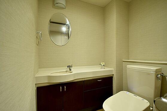 区分マンション-港区六本木5丁目 トイレ