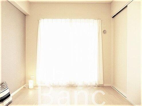 中古マンション-江東区東砂8丁目 明るい日差しが差し込むお部屋です