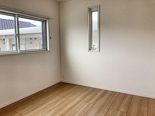 戸建賃貸-知多郡東浦町大字緒川字組田 2階洋室はクローゼット付きなので居住スペースを有効に使えます!
