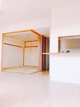 マンション(建物一部)-横浜市栄区鍛冶ケ谷2丁目 居間