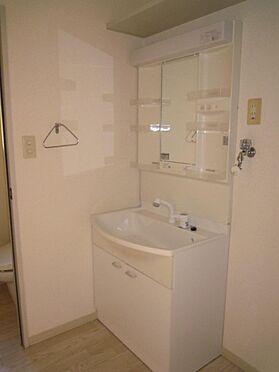 アパート-北九州市八幡西区町上津役東3丁目 洗面台もキレイですよ。