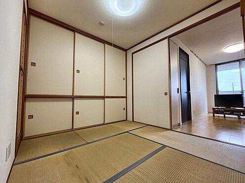 区分マンション-豊田市寿町3丁目 来客時用、ご夫婦でのんびりお茶、お子様の昼寝など、使い方は多様。様々なシーンで使用できます。