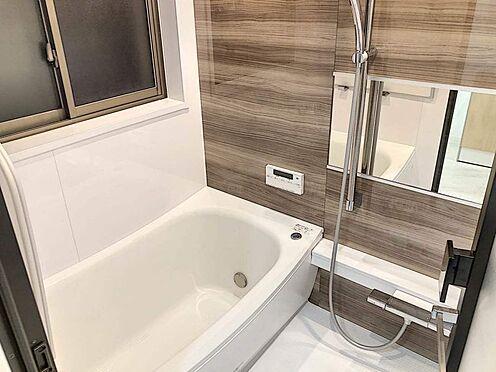 区分マンション-名古屋市西区貴生町 窓があり換気しやすいバスルーム。