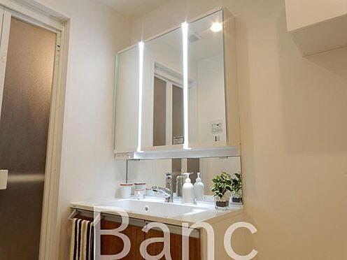中古マンション-品川区東品川3丁目 鏡が大きく使いやすいです。