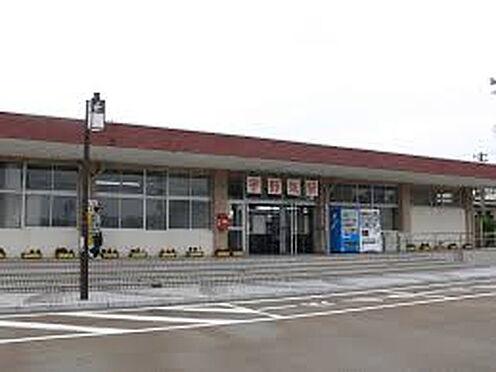 アパート-かほく市内日角5丁目 【駅】七尾線 宇野気駅まで894m