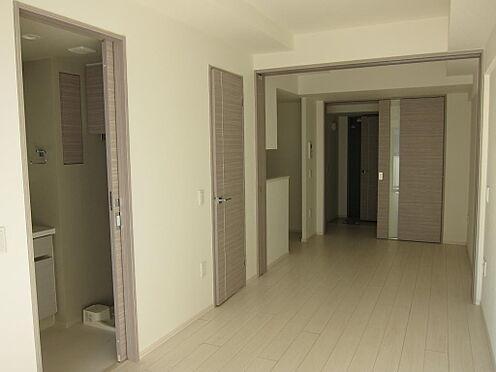 マンション(建物一部)-千代田区神田三崎町3丁目 広々としたダイニング(約5.6畳)と洋室(約6.6畳)