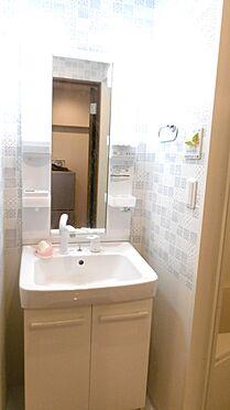 中古マンション-渋谷区西原2丁目 2018年2月新規リフォーム済みの洗面化粧台。・掲載の家具、調度品は販売価格に含まれません。
