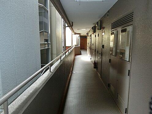 マンション(建物一部)-千代田区神田神保町3丁目 共用廊下のマンション画像