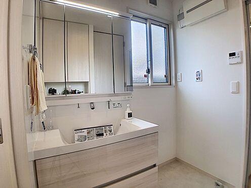戸建賃貸-安城市安城町清水 収納豊富な洗面台。洗剤やその他水周りで使用する日用品のストックもしっかりできます♪
