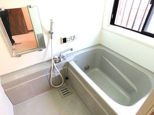中古一戸建て-町田市上小山田町 浴室部分 窓がありカビ対策に効果的
