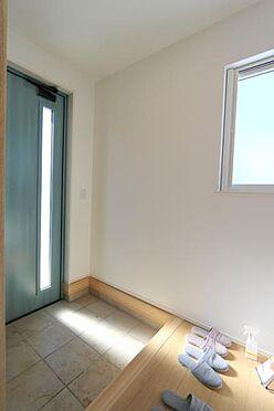 新築一戸建て-仙台市泉区将監7丁目 玄関