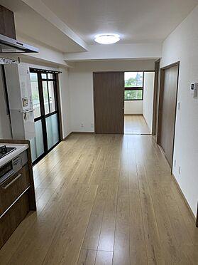 マンション(建物一部)-青梅市東青梅3丁目 居間