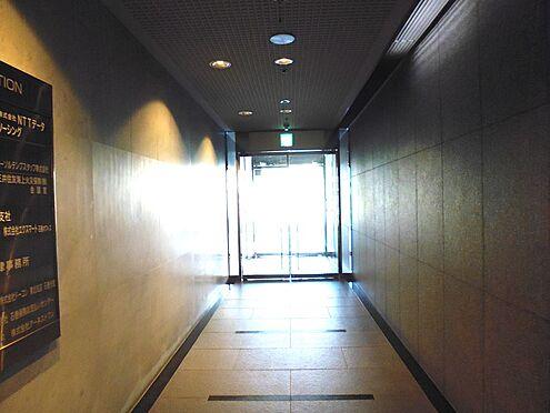ビル(建物全部)-石巻市立町1丁目 中から見た入り口
