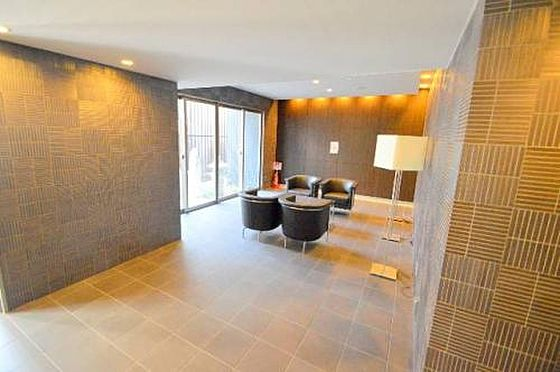 マンション(建物一部)-京都市下京区中金仏町 ロビーはくつろげるスペースがあります