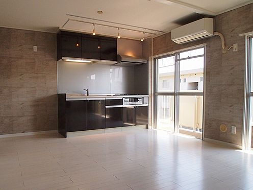 中古マンション-横浜市緑区霧が丘6丁目 キッチン横に窓あり