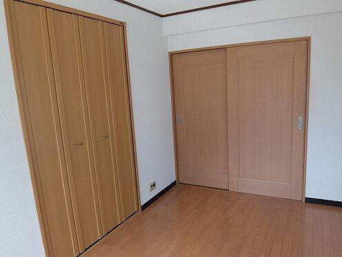 マンション(建物一部)-品川区大崎5丁目 明るい自然な木目調で統一された室内