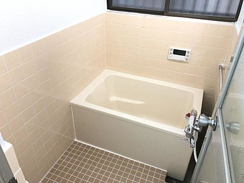 中古一戸建て-名古屋市名東区西里町1丁目 窓付きの浴室で換気も楽々!