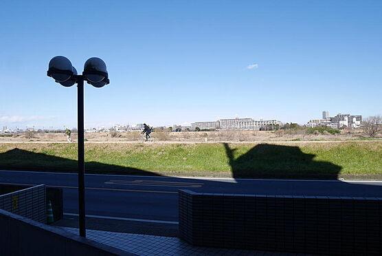 マンション(建物一部)-川崎市多摩区中野島6丁目 玄関を開くとこの景色 多摩川花火大会もご覧いただけます