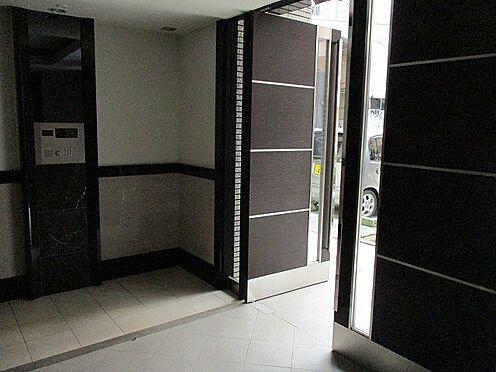 マンション(建物一部)-大阪市此花区西九条3丁目 オシャレなエントランス。オートロックもあって安心です