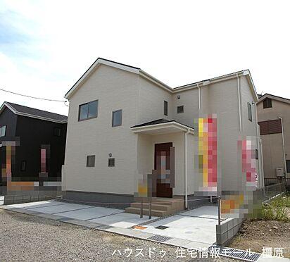 戸建賃貸-磯城郡田原本町大字阪手 全室6帖以上の広さを確保しております。並列で2台駐車可能です