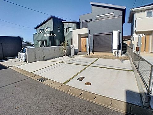戸建賃貸-西尾市吉良町木田祐言 カースペース広々3台駐車可能です。