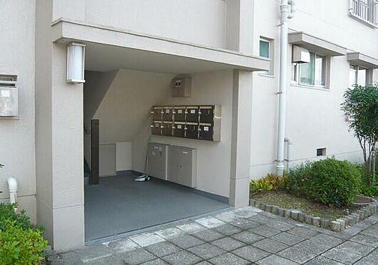 マンション(建物一部)-神戸市北区有野台2丁目 清潔な印象の共用部