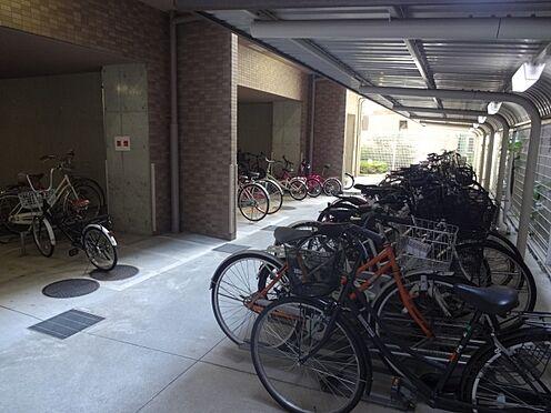 マンション(建物一部)-大阪市中央区南久宝寺町1丁目 駐輪場もあります。