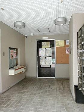 マンション(建物一部)-横浜市中区英町 エントランスホールの様子です。