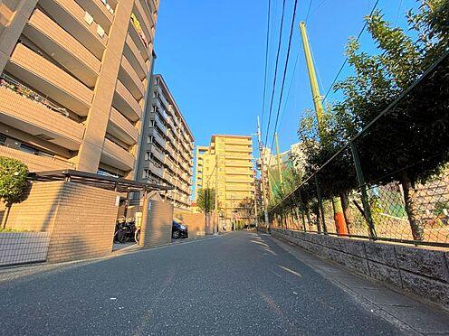 中古マンション-福岡市南区横手4丁目 マンション前面道路写真です♪