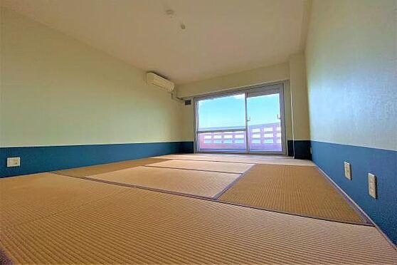 リゾートマンション-熱海市上多賀 和室2:コンパクトな1kの間取。ゲストルームもあるので急な来賓も対応可能。