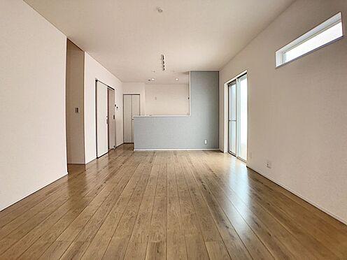 戸建賃貸-一宮市殿町3丁目 家族団らんできるくつろぎスペース。