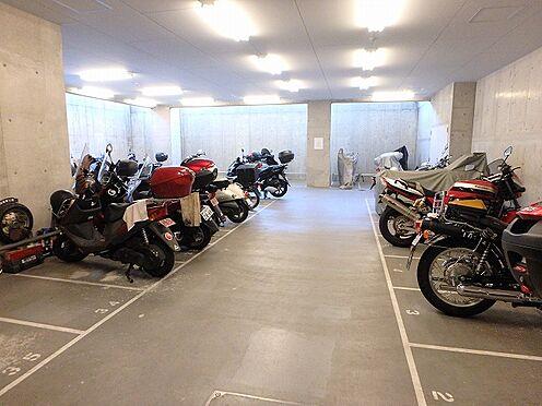 マンション(建物一部)-横浜市西区東久保町 バイク置き場