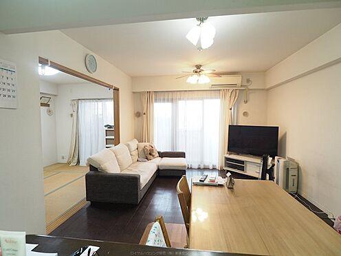 中古マンション-浦安市東野2丁目 正形で使い勝手がよいです。隣の和室と仕切ることもできます。