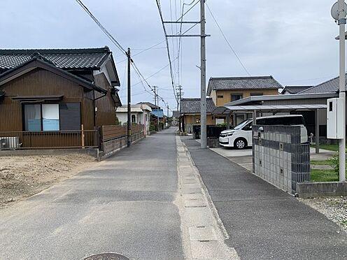 土地-西尾市吉良町上横須賀的場 小学校まで徒歩約11分!お子様の通学も安心です。