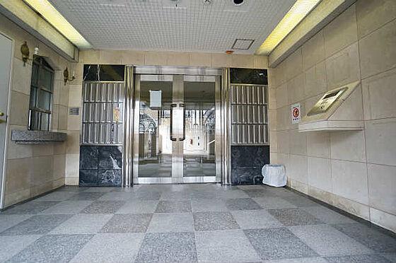 マンション(建物一部)-大阪市西淀川区姫里1丁目 エントランスにはオートロック付き。