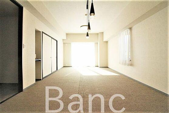 中古マンション-足立区島根2丁目 解放感ある室内です。お気軽にお問い合わせくださいませ。