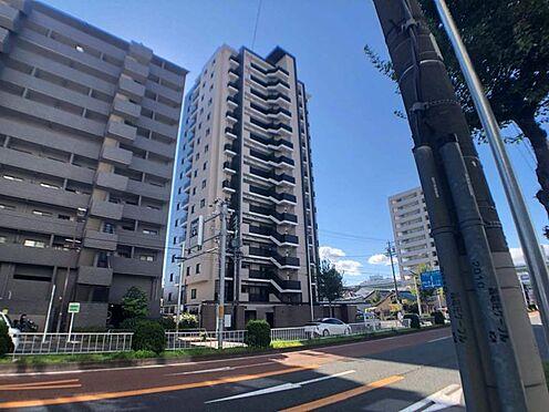 区分マンション-名古屋市東区白壁4丁目 近くには高速道路の入り口、徒歩約3分にバス停がある為通勤通学も便利です。