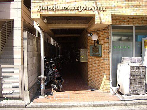 マンション(建物一部)-横浜市神奈川区栄町 エントランス共用部です。