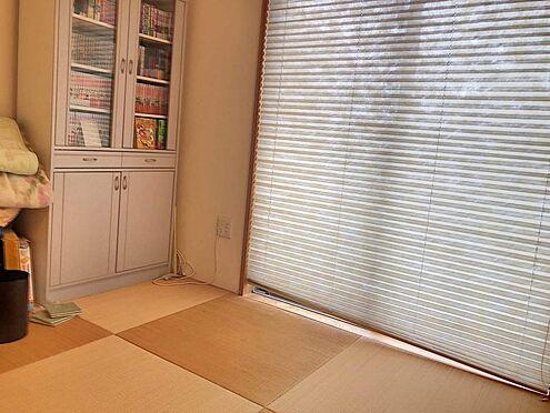 戸建賃貸-名古屋市千種区内山1丁目 1階には和室がございます。客間として、お子様の遊び場として大活躍です!