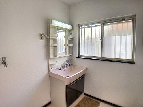 中古一戸建て-豊田市花沢町西ノ入 LDK横に洗面室があり家事動線が考えられた使いやすい間取りです。
