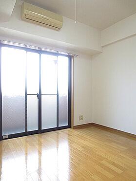 マンション(建物一部)-品川区西五反田3丁目 居間