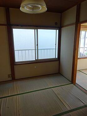アパート-横須賀市久里浜3丁目 窓が多く明るい内装