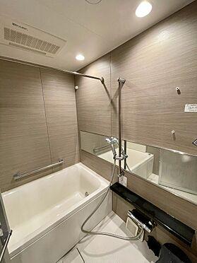 区分マンション-杉並区上高井戸1丁目 浴室 (家具・什器備品等は販売価格に含みません)