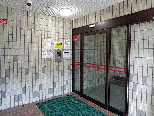 中古マンション-仙台市泉区本田町 オートロック付・管理人さんもいらっしゃるので、防犯面で安心です。