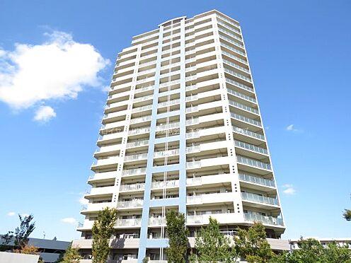 中古マンション-稲城市若葉台2丁目 若葉台駅から徒歩5分、全9棟の住居棟とゆとりある敷地で構成された全653戸のビッグレジデンスです。
